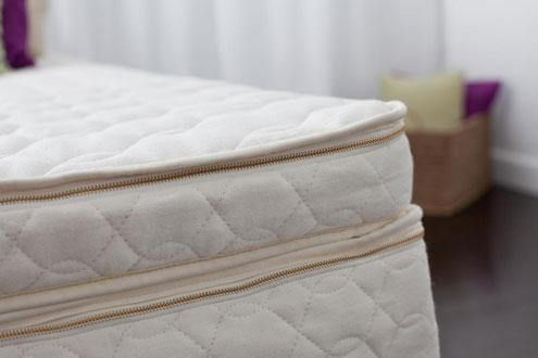 Harmony Organic Topper Talalay Latex Queen Stlbeds