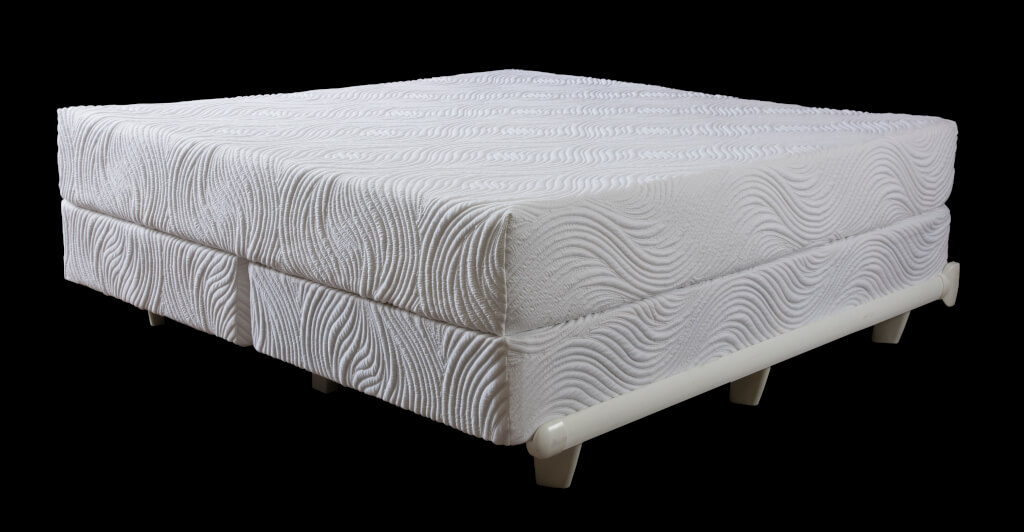 How to Make Waterbed Sheets pictures