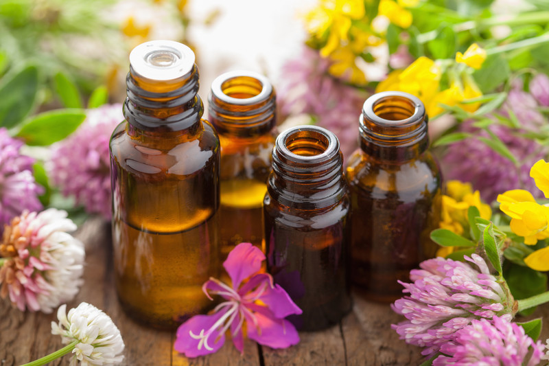 7 Essential Oils To Aid In Healthy Sleep