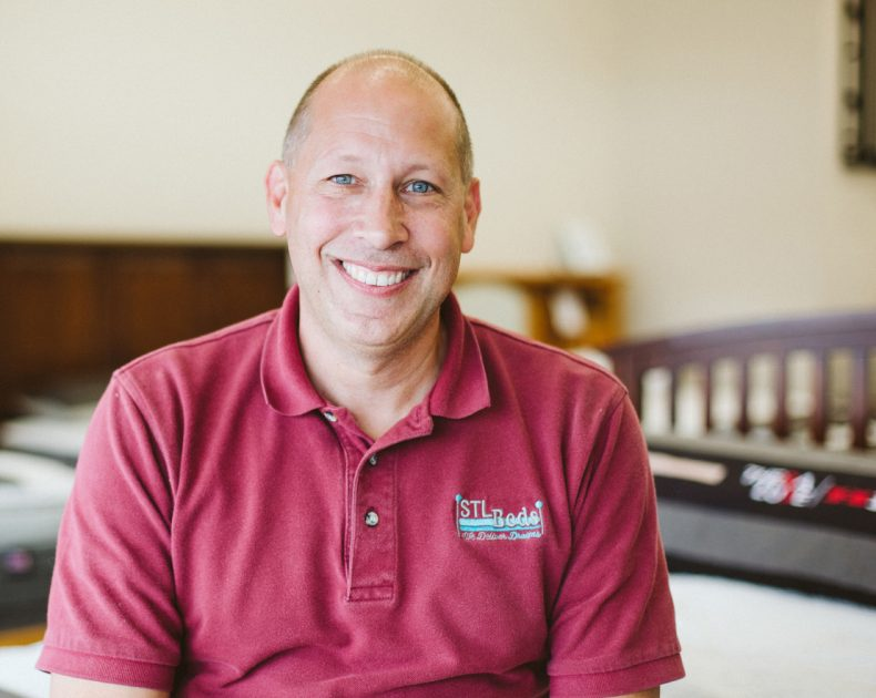 Doug From STL Beds In St. Louis, Missouri